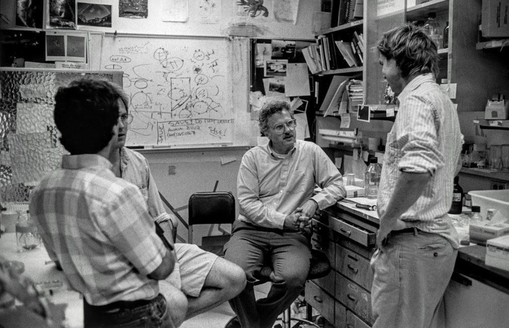 Bruce Alberts in the lab, XX year.
